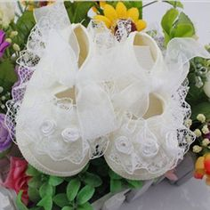 Baby Girl Shoes First Walkers Baby Girls Toddler Lace Flower Princess Shoes Soft Sole Non-slip Crib Shoes Girls Dress Shoes, Boy Shoes, Crib Shoes, Princess Shoes, Princess Girl, Toddler Girl Shoes, Baby Girl Shoes, Baby Girls, Ballerinas