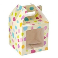 Perfect for keeping cupcakes neat and for presentation as a gift. Easter Cupcakes, Themed Cupcakes, Easter Cake, Cupcake Boxes, Easter Chocolate, Box Bag, Bake Sale, Easter Bunny, Decorative Boxes