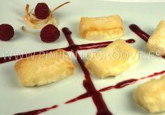 Crujiente de mozarella con salsa de frambuesas