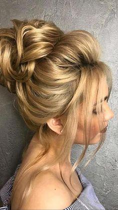 Hairstyle Bridesmaid, Wedding Bun Hairstyles, Prom Hair Updo, Bridal Hair Updo, Messy Bun Hairstyles, Straight Hairstyles, Hair Wedding, Hairstyles For Homecoming Updo, Updo For Long Hair