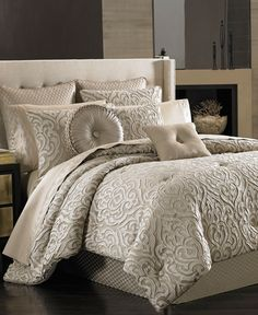 Traditional meets modern in the Astoria comforter set from J Queen New York. The…