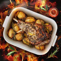 SQUARE INSIDE WHITE GLAZED TERRACOTTA CLAY POT/OVEN DISH Oven Dishes, Terracotta Pots, Clay Pots, Tandoori Chicken, Cookware, Glaze, Seeds, Terra Cotta, Ethnic Recipes