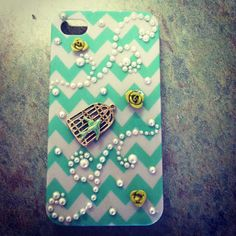 DIY phone case made from a chevron case from rue 21 for $5 and a. Necklace for $2 on clearance. Added pearls and you have a pretty case