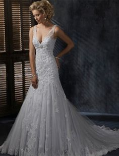 So beautiful.... vow renewal dress?? Maybe... ;)