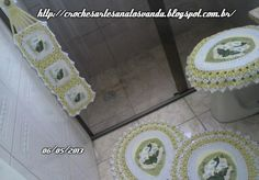 jogo-de-banheiro Bath Mat, Towels, Mary, Rugs, Decor, Kitchen Playsets, Crochet Carpet, Farmhouse Rugs, Log Projects