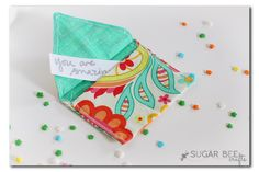 Fabric Envelopes ~ Sugar Bee Crafts: Uses a hand crank die to make the envelope. Certainly could be done with a Silhouette template. Easy Sewing Projects, Sewing Projects For Beginners, Quilting Projects, Sewing Tutorials, Sewing Crafts, Craft Projects, Bee Crafts, Handmade Crafts, Easy Crafts