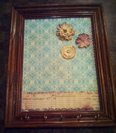 7 ways to turn an old picture frame into art