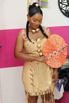 African Traditional Wedding Dress, Traditional Wedding Attire, African Wedding Dress, Elegant Wedding Dress, African Print Fashion, Africa Fashion, African Fashion Dresses, Ankara Dress Styles, Kente Styles