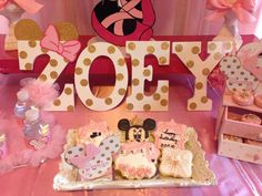 Minnie Mouse ballerina birthday party treats! See more party planning ideas at CatchMyParty.com!