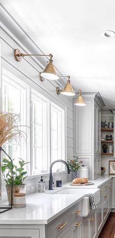 Blue Kitchen Countertops, White Kitchen Cabinets, White Counters, Blue Cabinets, Kitchen Room Design, Kitchen Nook, Interior Design Kitchen, Kitchen Decor, Kitchen Hardware