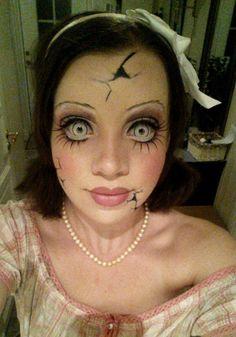 Maquillaje de Halloween - Muñeca rota  https://www.pinterest.com/iziarinfante/disfraces/