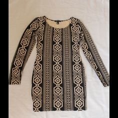 Forever 21 Bodycon dress with tribal print Super cute tribal print Bodycon dress. Can be worn with flats or heels or even with boots and will fit every occasion. Forever 21 Dresses Long Sleeve