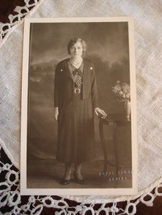 Vintage Photo of Young Woman, 1930's Fashion, Photo Postcard Unused, Canada