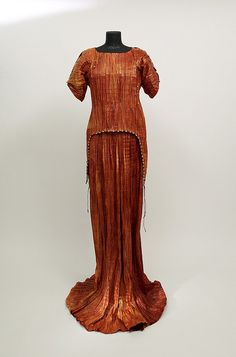 Isabelle de Borchgrave 'Fortuny Dress'- paper