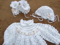 Click to view pattern for - Crochet baby set