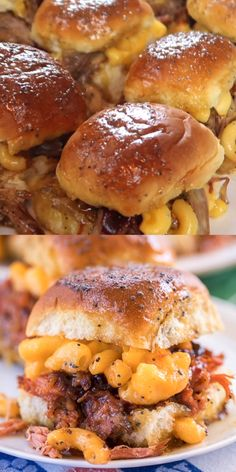 Pulled Pork Mac and Cheese Sliders recipe - CRAZY good! I took these to a party and they were gone in a blink of an eye! Slow cooked pulled pork on Hawaiian rolls topped with macaroni and cheese, bb Slow Cooked Pulled Pork, Pulled Pork Recipes, Mini Sandwiches, Pull Pork Sandwiches, Hawaiian Sandwiches, Pulled Pork Sliders, Oven Sliders, Mini Hamburger Sliders, Sliders Burger
