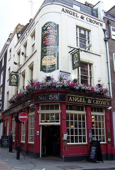 Angel & Crown Pub, St. Martin's Lane, London (close to Cecil St, end of CW 20, just N of Nat. Gallery))