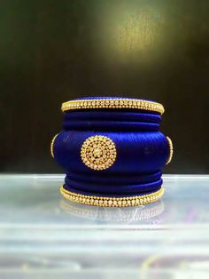 Note: This is a made-to-order product and will be shipped within 7 to 10 days from the order date. Silk Thread Bangles Design, Silk Thread Necklace, Silk Bangles, Thread Jewellery, Beaded Jewelry, Indian Bangles, Bridal Bangles, Bridal Jewellery, Handmade Jewellery