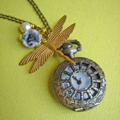 Eclectic Eccentricity - love this jewellery for something a bit different and vintage.