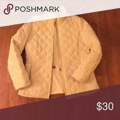 Nine West coat White puffer coat. Perfect for cold months. Good condition Nine West Jackets & Coats Puffers