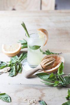 grapefruit & lemongrass cocktail