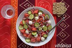 Ensalada de sandía mozzarella y anchoas: receta saludable  #receta #salud #fitness