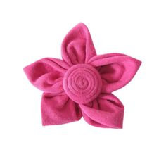 #Pink kanzashi flower brooch from a #recycled t-shirt 🌸 Last day to get 50% OFF on ALL items in shop! -Link in bio- #brooch #kanzashi #flowerbrooch #flower #handmadeflowers