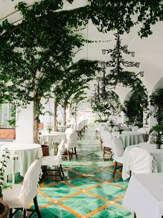 Le Sirenuse Hotel, Positano, Italy // unique wedding destination, travel