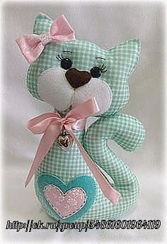 31 ideas sewing toys animals fun for 2020 Sewing Toys, Sewing Crafts, Sewing Projects, Sewing Stuffed Animals, Stuffed Animal Patterns, Fabric Toys, Fabric Crafts, Cat Crafts, Diy And Crafts