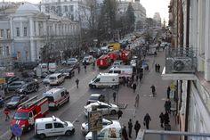 В столице на улице Богдана Хмельницкого ограничено движение транспорта в связи с обвалом дома.