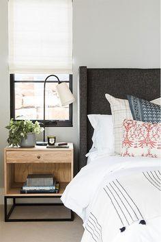 Home Bedroom Design Cozy Bedroom, Bedroom Apartment, Home Decor Bedroom, Bedroom Ideas, Bedroom Designs, Master Bedroom, Bedroom Table Lamps, Bedroom Images, Lamp Table