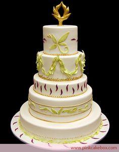 China Patterned Wedding Cake by Pink Cake Box 5 Tier Wedding Cakes, Ivory Wedding Cake, Themed Wedding Cakes, Wedding Cake Designs, Beautiful Cakes, Amazing Cakes, Pastries Images, Pink Cake Box, Cake Trends