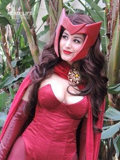 Marvel - Scarlet Witch Cosplayer: Jessica LG * Photographer: Saffels Photography