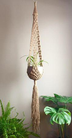 Jute, Wall Plant Hanger, Pot Hanger, Macrame Bracelet Tutorial, Plant Crafts, Macrame Curtain, Macrame Projects, Craft Projects, Gardening