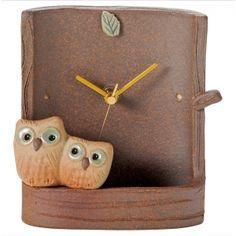 Japanese Ceramic Shigaraki ware. A desk clock. Oyako owl. 4-2838
