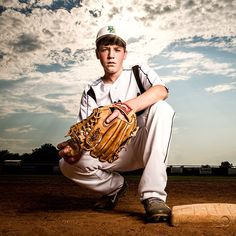 Those who want to quickly step into professional photography and catch … Baseball Senior Pictures, Baseball Photos, Sports Pictures, Baseball Photo Ideas, Senior Pics, Senior Portraits, Family Portraits, Sport Volleyball, Sport Basketball