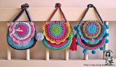 Яркие летние сумочки