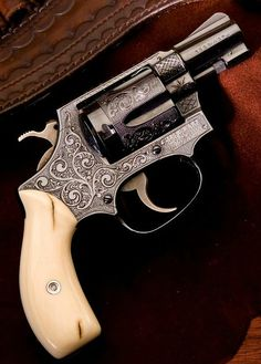 Beautiful revolver. but doesn't look like much of a grip.