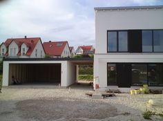 So könnten wir uns vorstellen, den Durchgang zwischen Garage und Haus zu gestalten.