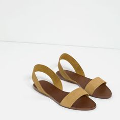 Image 3 of FLAT LEATHER SANDALS from Zara