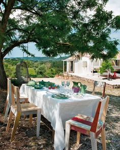 Al fresco dining in a gorgeous country home near lisbon, portugal Attic Renovation, Attic Remodel, Porches, Portugal Country, Desgin, Portugal Holidays, Outdoor Dining, Outdoor Decor, Dining Table