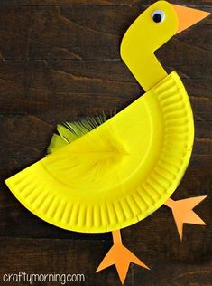 Paper Plate Duck Craft for Kids Fun and Easy Paper Plate Crafts for Kids to Make! Paper Plate Art, Paper Plate Animals, Paper Plate Crafts For Kids, Easy Arts And Crafts, Crafts For Kids To Make, Paper Plates, Kids Crafts, Art For Kids, Creative Ideas For Kids