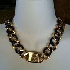 Auth Michael Kors Tortoise Chain Necklace TONIGHT Michael Kors Gold Tone and Tortoise Chain Necklace MKJ4124 Comes with box pouch & booklet never worn  TONIGHT ONLY SHIP TOMORROW GUARANTEED ! Michael Kors Jewelry Necklaces