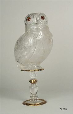 Rock crystal vessel in the shape of an owl Saracchi, workshop (Crystal Schneider)  Milan to 1580-1585