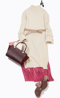 ピンクのプリーツスカートを重ねて、洗練モードに! ルミネの冬トレンドテーマ「Fairy Tale」を、お仕事シーンで実現するには? 人気スタイリストMeguさんがルミネ新宿のショップアイテムを使ってフェアリーアイテムとのレイヤードを考えます。