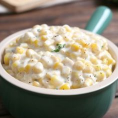Creamed Corn recipe: This creamed corn side dish is the perfect balance of sweetness and spice. Creamy, buttery, super sweet corn is a delicious addition to your holiday table or Sunday supper. Creamed Corn Cornbread, Creamed Corn Recipes, Food Dishes, Side Dishes, Frozen Corn, Side Dish Recipes, Holiday Recipes, The Best, Food And Drink