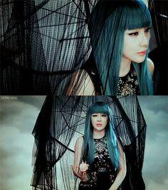 yumeninja: pinkuchuchu: boms hairrr♡ 2NE1 - BOM. loving the teal.