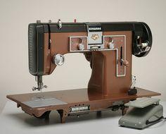 German-made Gritzner Kenmore sewing machine uses industrial high-shank pressers #GritznerKenmore