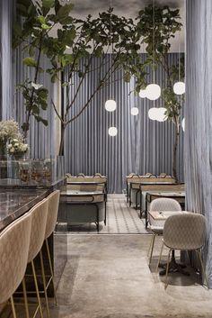 Italian Interior Design, Asian Interior, Restaurant Interior Design, Contemporary Interior, Cafe Pictures, Pub Decor, Restaurant Furniture, Cafe Design, Design Design