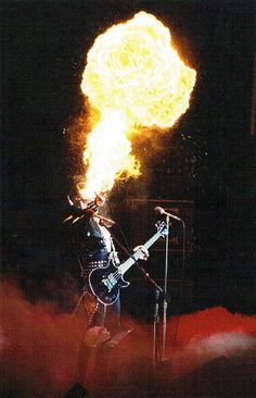 Gene Simmons - the fire breather Kiss Rock Bands, Kiss Band, Kiss Images, Kiss Pictures, Heavy Metal Art, Heavy Metal Bands, Rock Band Photos, Gene Simmons Kiss, Breathing Fire